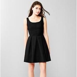 GAP Black Fit & Flare Pleated Party Dress 6